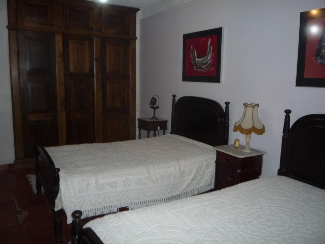 Dos camas en una litera plus convertible en dos camas for Dormitorios juveniles dos camas en l