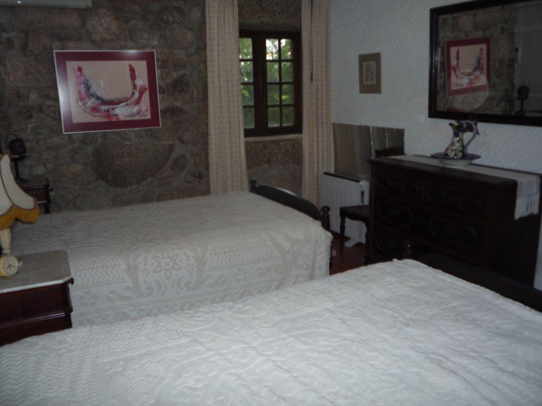 Dormitorio con dos camas finest interior del dormitorio - Dormitorios con dos camas ...